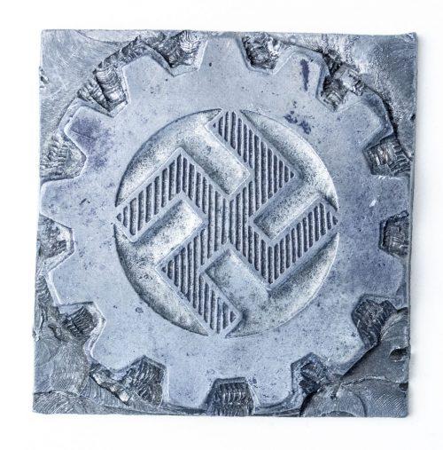 Cogwheel Arbeitsfront stamp DAF 1