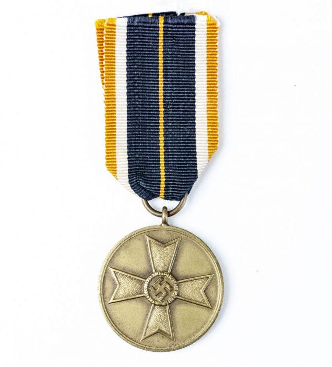 WW2 Kriegsverdienstmedaille (War Merit Medal),