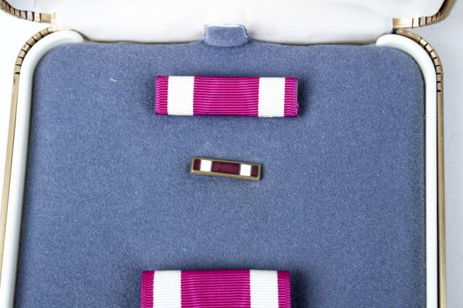 USA Meritorious Service + case + ribbons - 2