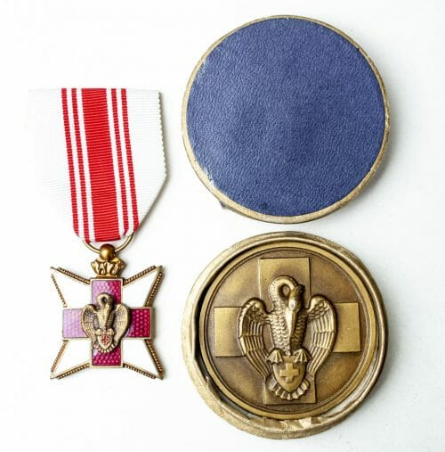 Belgian Red Cross medal + plaque