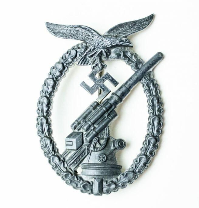 Flakkampfabzeichen der Luftwaffe (Luftwaffe Flak Artillery badge)