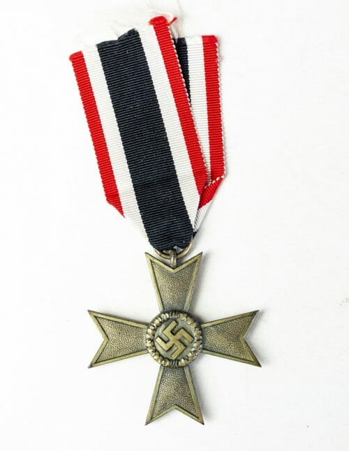 "Kriegsverdienst ohne Schwerter Maker marked ""107"" (War Merit Cross without Swords) with papers"
