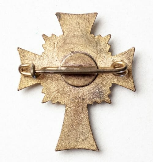 "Mutterkreuz / Motherscross ""Halbminiature"" in gold with pinback."