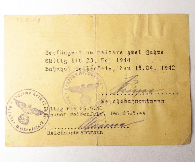 Deutsche Reichsbahn Personenausweis with passphoto (1940)