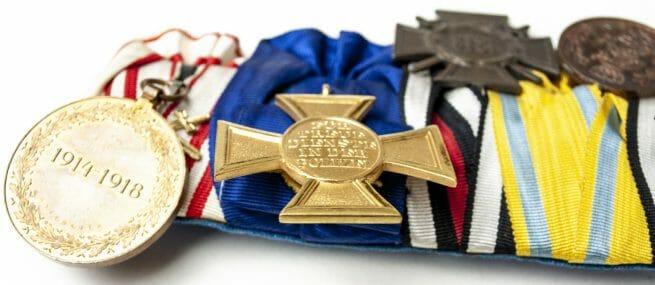 German medalbar with Polizei Dienstauszeichnung, Friedrich August medaille and Iron Cross (Eisernes Kreuz)