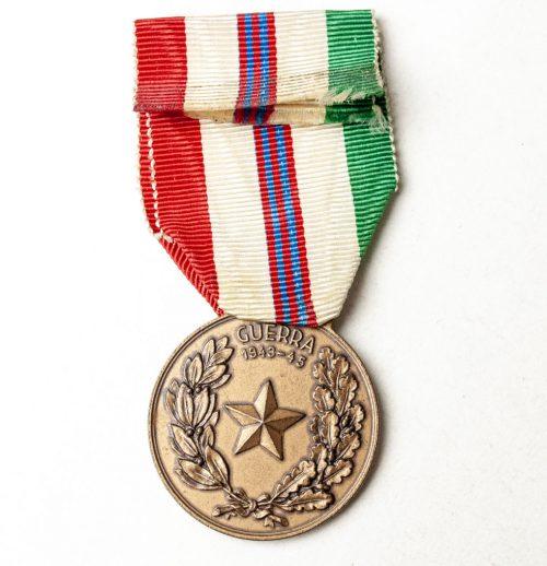 Italy - Medaglia Commemorative Guerra 1943 - 1945