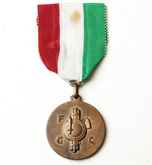 Italy - WWII Young Combat Fascist/Fascista Combattimento Giovane (FGC) sportsmedal