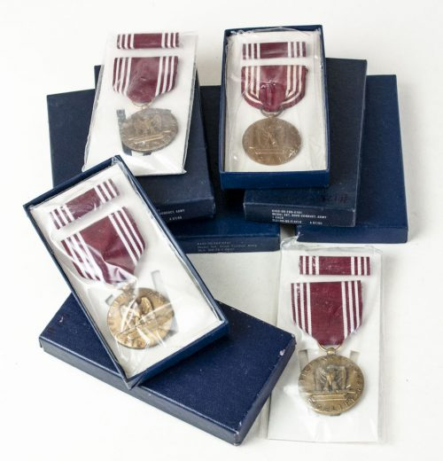 USA Good Conduct medal + ribbon + case (unopened!)