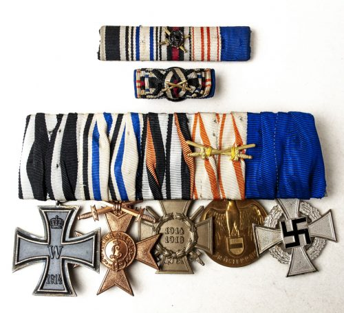WWI/WWII Medalbar / Ordenspange Bayern with ribbon bars and Iron Cross, Militär Verdienstkreuz, etc