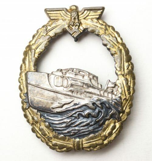 SchnellbootKriegsabzeichen 1.modell / E-Boat War Badge 1st pattern buntmetal (by Schwerin)