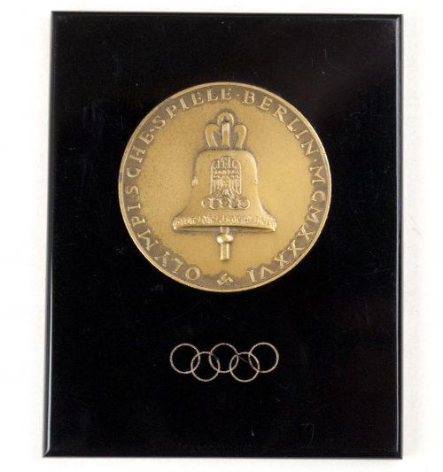 Olympische Spiele Berlin MCMXXXVI (1936) commemorative plaque