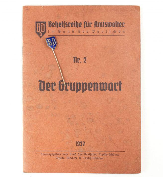 (Sudetenland) Bund der Deutschen memberpin + Amtswalter der Gruppenwart 1937 booklet