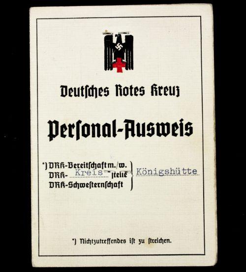 Deutsches Rotes Kreuz Personal-Ausweis with passphoto