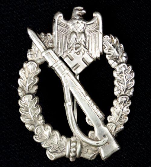 Infanterie Sturmabzeichen (ISA) / Infantry Assault Badge (ISA) in buntmetal by maker Otto Schickle