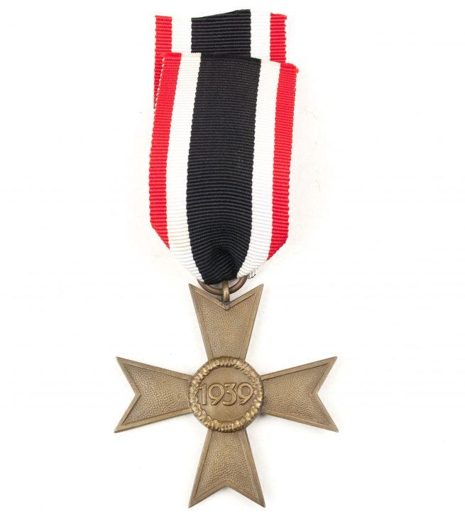 Kriegsverdienstkreuz ohne Schwerter (KVK) / War Merit Cross without Swords (maker Deschler)