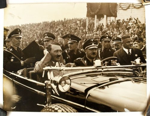 Large Pressphoto of Adolf Hitler with SS men