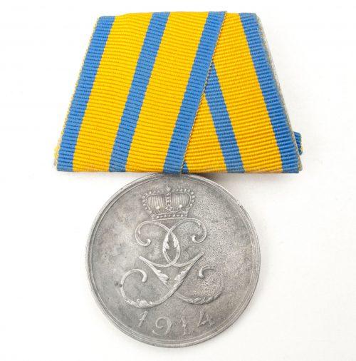 Schwarzburg-Sonderhausen Medaille für Verdienst im Kriege 1914 single parade mount