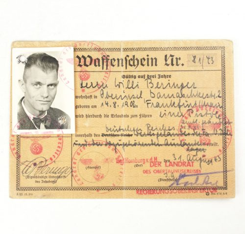Waffenschein pass with photo from 1943