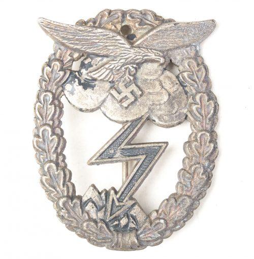 Erdkampfabzeichen der Luftwaffe (maker Walpach)