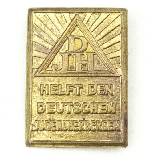 Deutsche Jugendherberge (DJH) badge - Helft den Deutschen Jugendherbergen