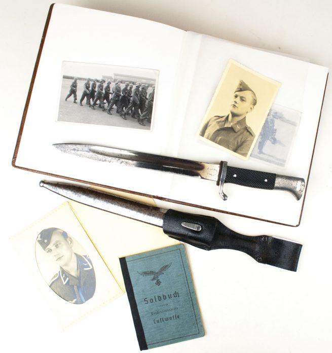 "Flakgroup ""Flak-Regiment Hermann Göring"" with Soldbuch, Bajonet and Photoalbum"