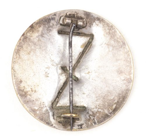 German WWII female cultural rune brooch with wolfsangel (wolfhook)