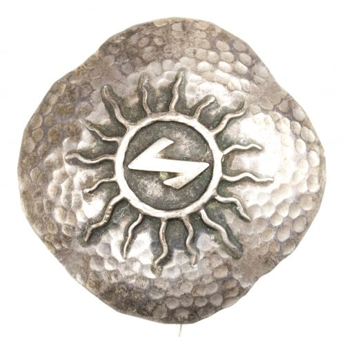 German WWII female cultural sun brooch with Sig-rune