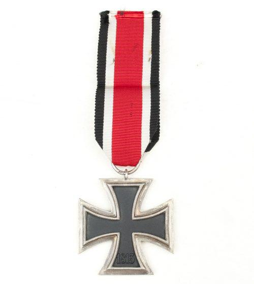 """Iron Cross second class (EK2) Eisernes Kreuz - maker marked: """"44"""" (Jakob Bengel Oberstein)"""