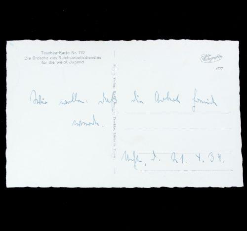 Postcard: Die Brosche des Reichsarbeitsdienstes für die weibl. Jugend (RAD)