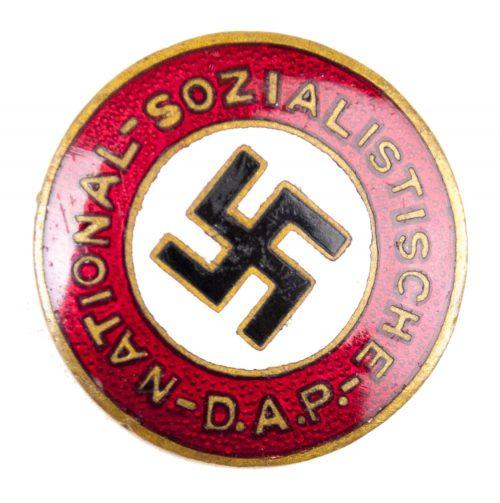 "Early NSDAP Parteiabzeichen ""R. Schanes - Wien, XIII Linzerstr.20 Ges.Gesch."""