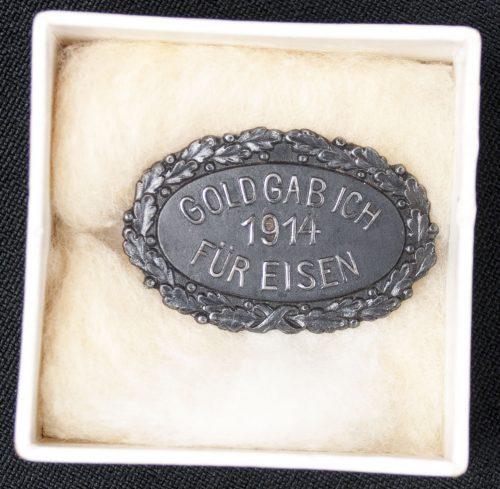 Gold gab ich für Eisen 1915 brooch + case