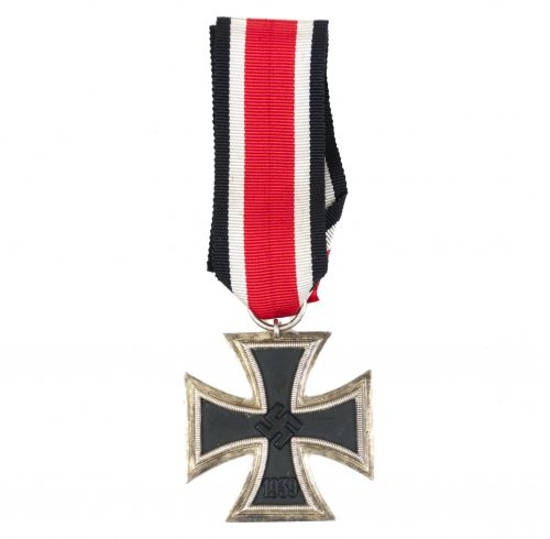 Iron Cross second class (EK2) / Eisernes Kreuz in good condition