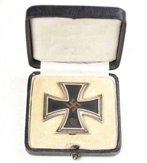 WWI Eisernes Kreuz / Iron Cross (EK1) - Brass core with case (maker Ferdinand Hoffstätter)