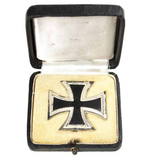 "WWII Eisernes Kreuz / Iron Cross (EK1) - maker ""100"" (Wächtler & Lange)"