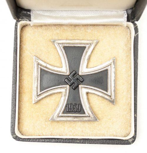 WWII Eisernes Kreuz / Iron Cross (EK1) - maker Rudolf Wächtler & Lange