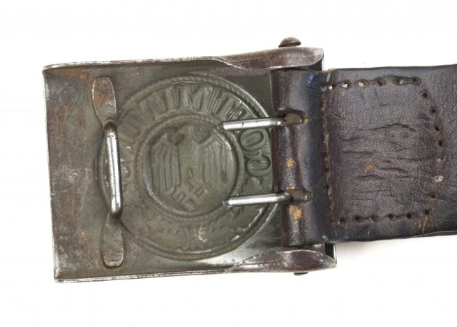 Wehrmacht (Heer) buckle with tab