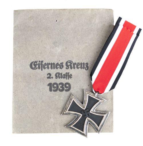 Eisernes Kreuz mit Tüte / Iron Cross + enveloppe