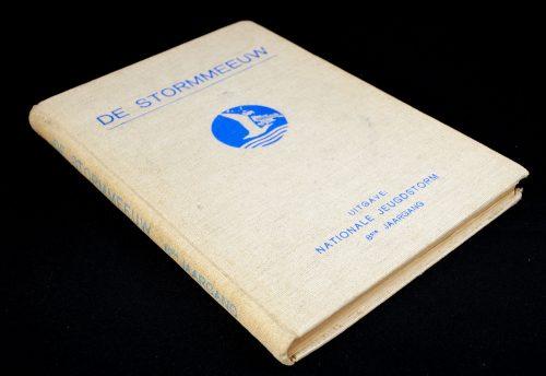 (NSB / Jeugdstorm) De Stormmeeuw: maandblad van den Nationale Jeugdstorm 8e Jrg (1941)