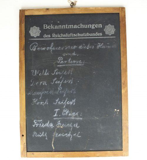 """Reichsluftschutzbund (RLB) - Luftschutz """"Haustafel"""" wallshield"""