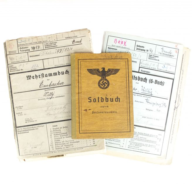 Wehrmacht (Heer) Soldbuch (+ uniformphoto) + Wehrstammbuch + Gesundheitsbuch