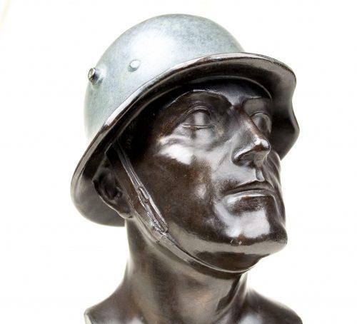 Wehrmacht (heer) bronze soldiers bust (signed!)