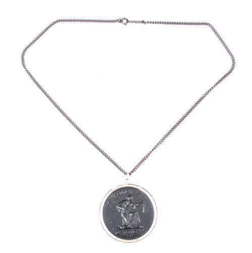 """Chained medaillion """"Gold gab Ich Für Eisen"""""""