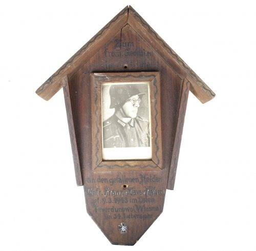 Wood commemorative plaque for a fallen German eastfront soldier