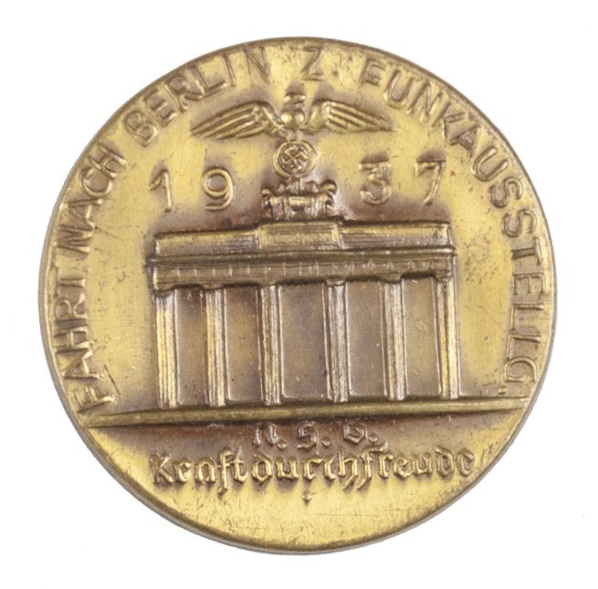 N.S.G. Kraft durch Freude Fahrt nach Berlin zur Funkausstellung 1937