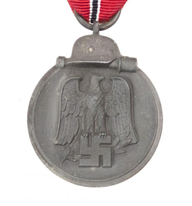 Ostmedaille / Winterschlacht im Osten (maker marked)