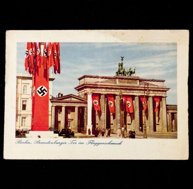 Postcard: Berlin Brandenburger Tor im Flaggenschmuck