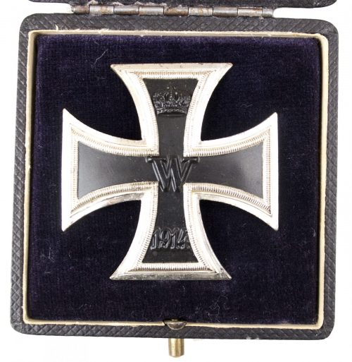 WWI Iron Cross First Class (EK1) / Eisernes Kreuz Erste Klasse + etui