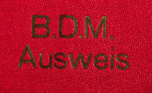 """BDM """"Bund Deutscher Mädel"""" Ausweis red cover map"""