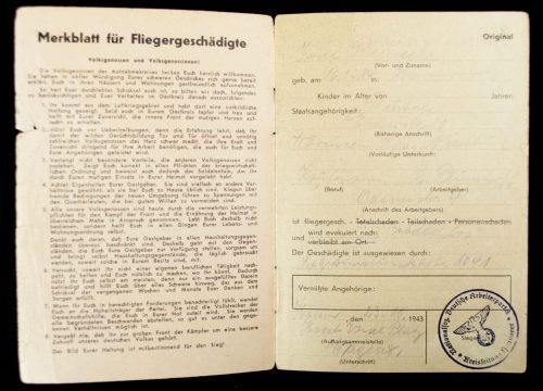Bombenpass Ausweis für Fliegergeschädigte (1943)