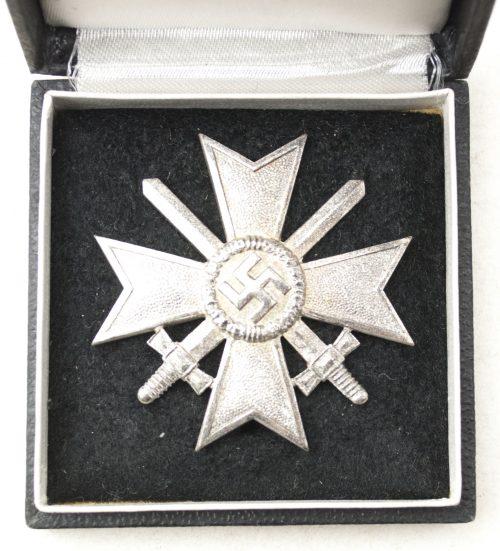 Kriegsverdienstkreuz Erste Klasse (EK1) / War Merit Cross First Class (maker Deschler)